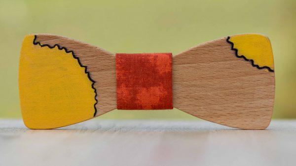 malovany-dreveny-motylik-maly-princ